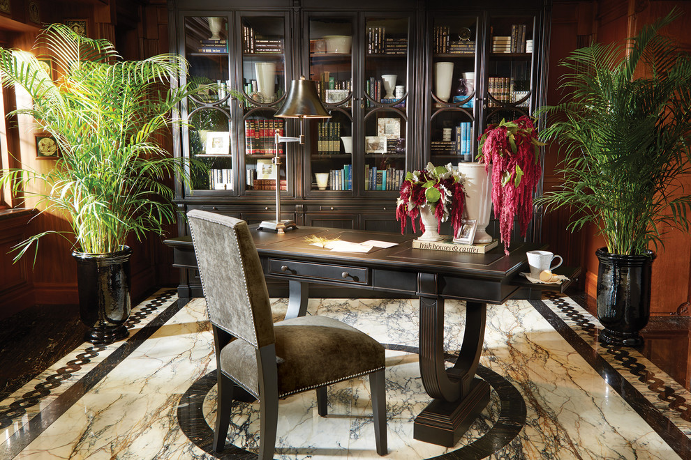 Inspiration for a timeless home office remodel in Cleveland
