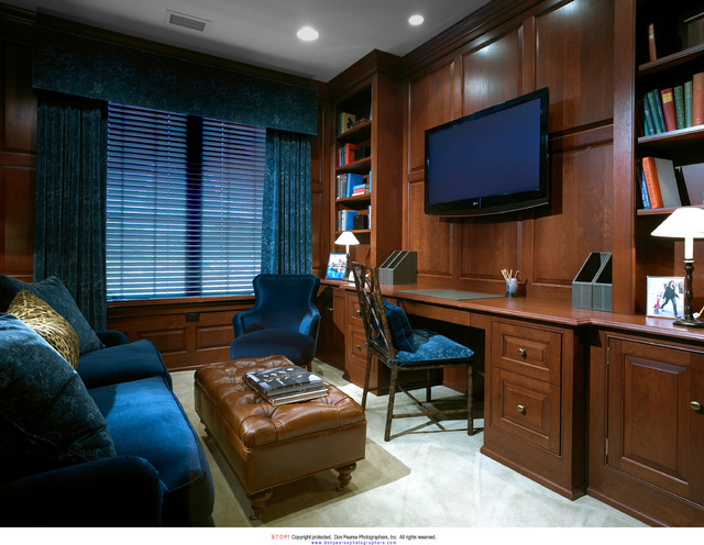 Athertyn Residences traditional-home-office