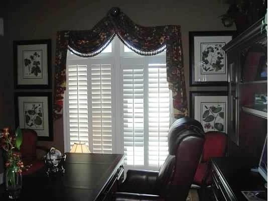 Atlanta Residence traditional-home-office