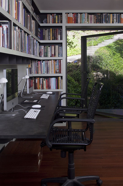 Beverly Skyline Contemporary Residence contemporary-home-office