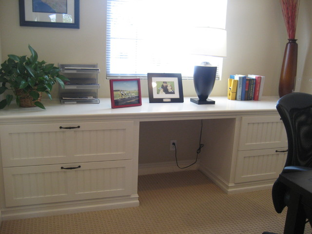 Bookcases traditional-home-office