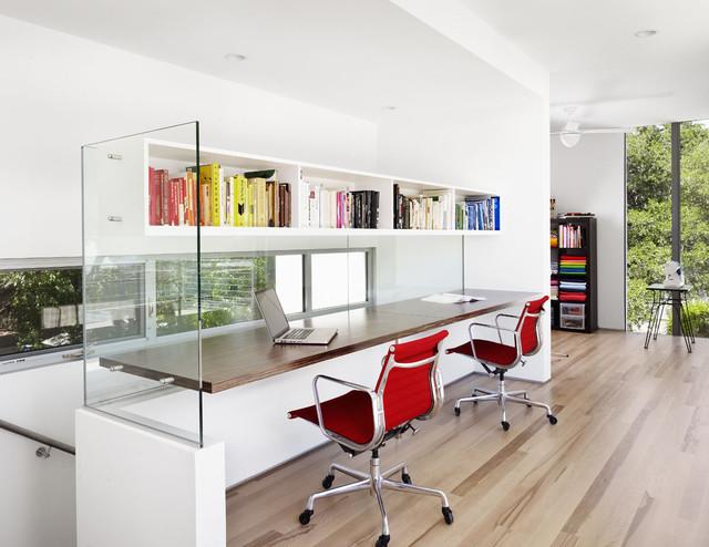 Bouldin Creek Courtyard House modern-home-office