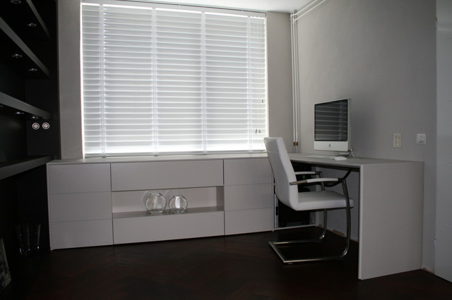 Townhouse modern-home-office