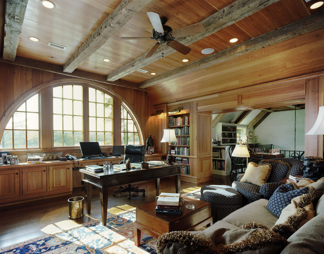 Brodbeck traditional home office