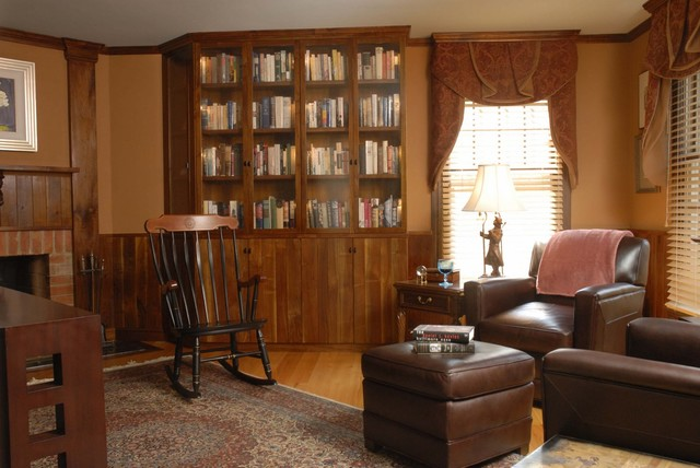 Built-in Bookcase traditional-home-office