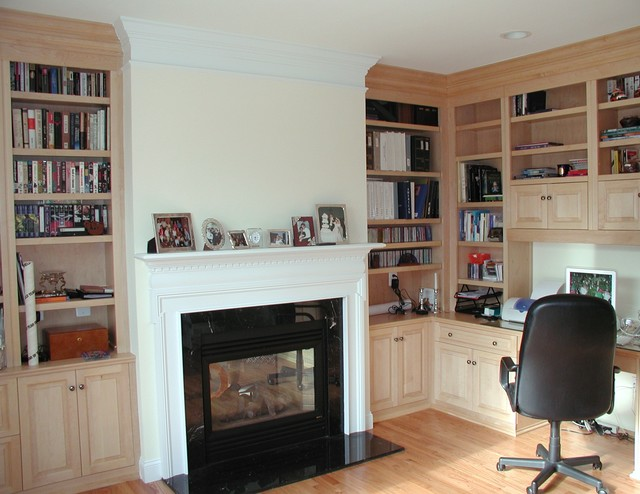 Built In Cabinets traditional-home-office