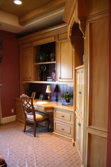 Built in custom furniture traditional home office miami by broward custom kitchens inc - Custom built home office furniture ...