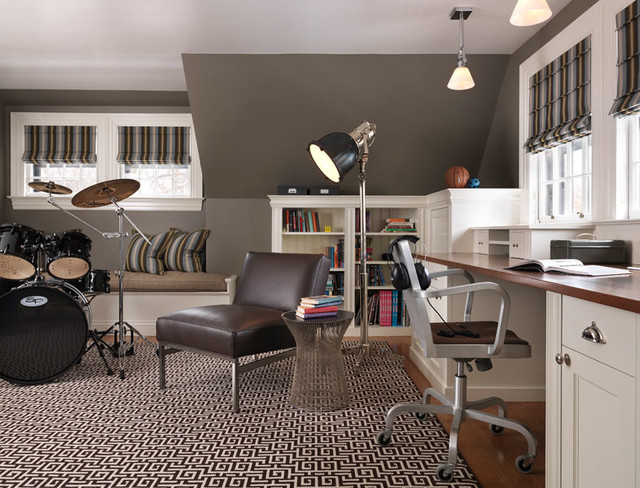 Cambridge traditional home office boston by taylor for Office design cambridge