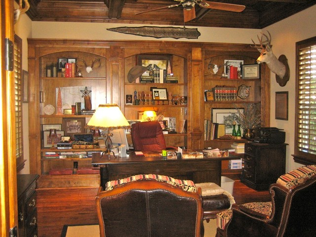 Delightful Canyon Court Rustic Home Office