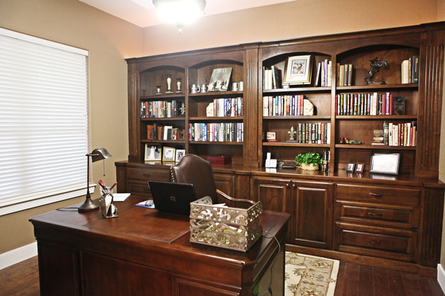cater hill country ranch traditional home office built home office