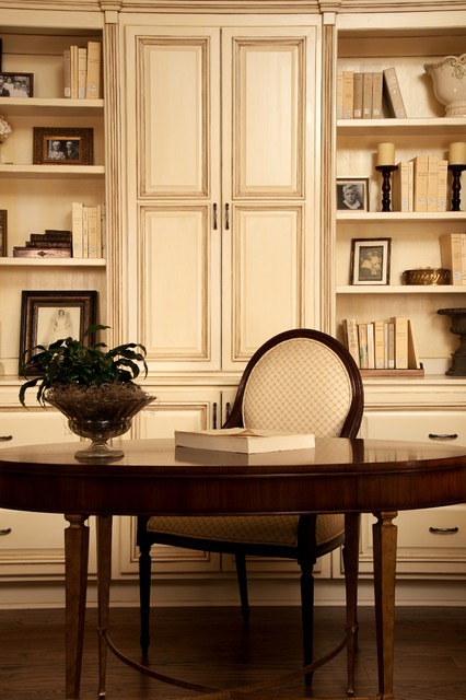 Classic study traditional home office birmingham for Home study designs