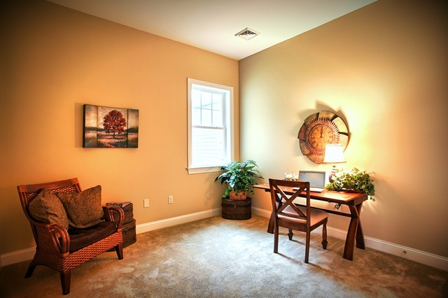 Cranbrooke at Home Towne Square traditional-home-office
