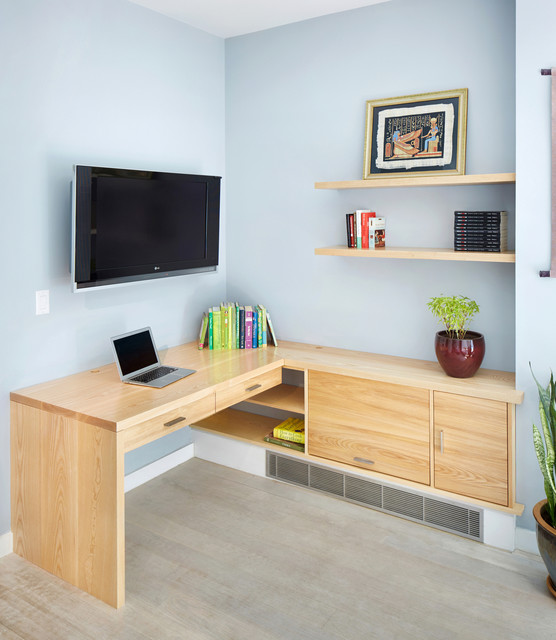 Space Saving Built In Office Furniture In Corners: Custom Built-in Desk
