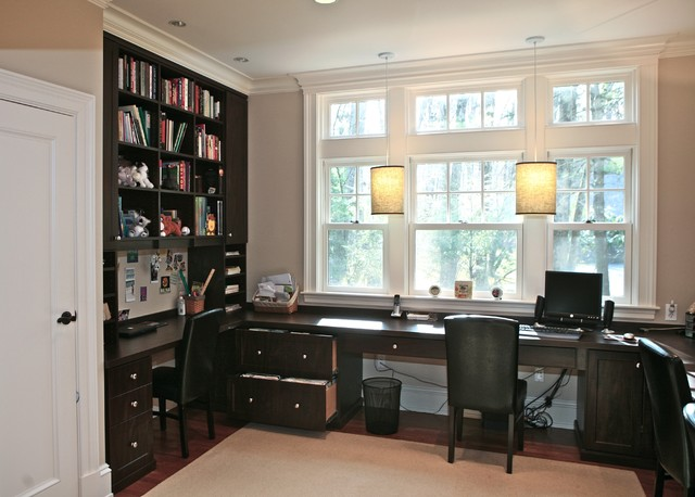 Home Office   Traditional Built In Desk Home Office Idea In Boston