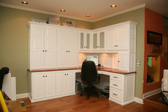 Custom Offices without Wallbeds beach-style-home-office