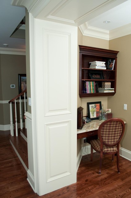 Customized moulding in new home traditional-home-office