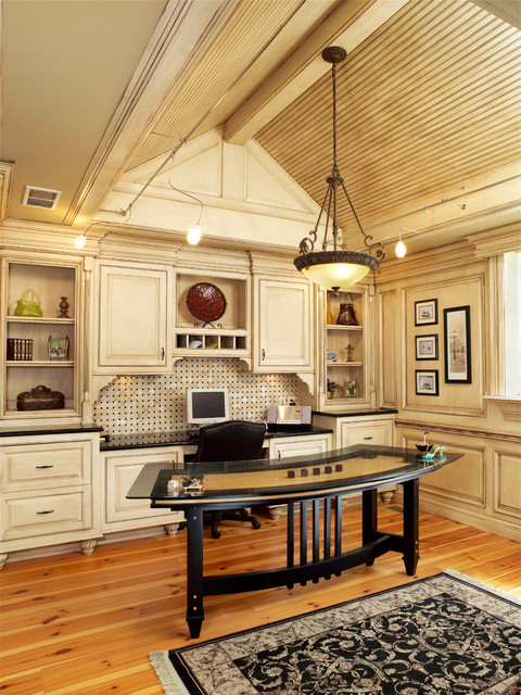 Dens & Offices traditional-home-office