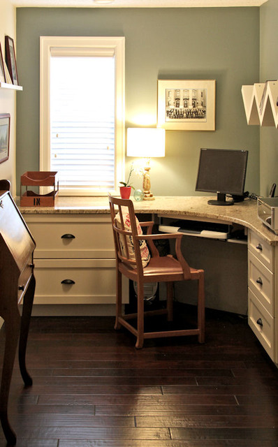 Design build interior remodel traditional home office for Office design houzz