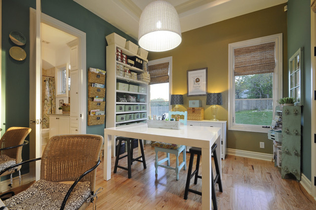 Design studio eclectic home office austin by van for Office design houzz