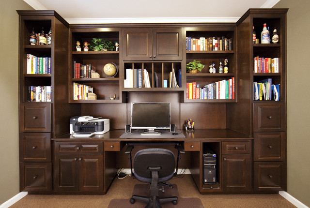 Designbuild Faceframe Home Office Cabinetry For An Older Classic Look