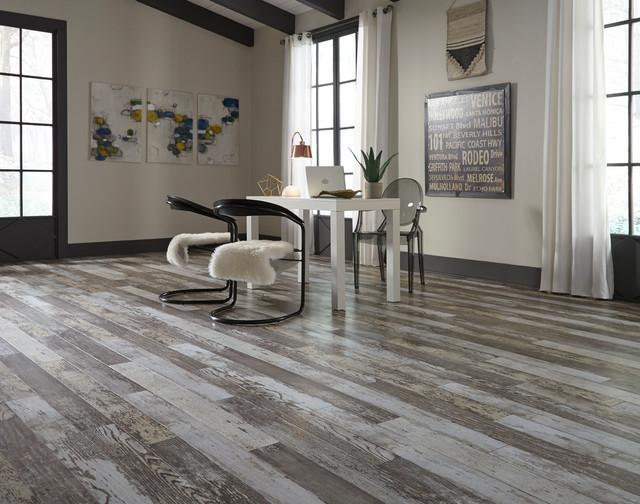 Dream Home Erscotch Oak Laminate, Who Makes Dream Home Laminate Flooring