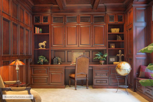 Dunthorpe luxury home in Portland OR traditional-home-office