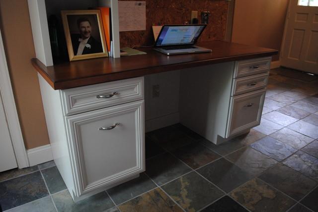 Dynasty Danville Rustic Alder Ginger Onyx rustic-home-office