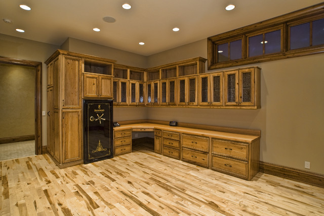 Eagle idaho custom home for Custom home safes