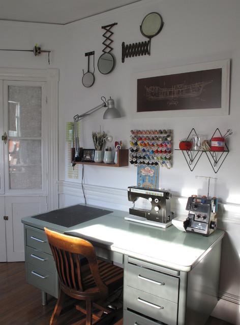 Studio eclectic-home-office