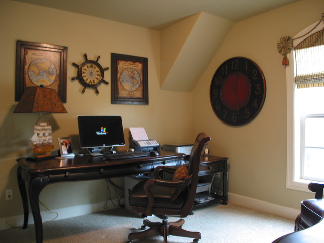 Elnora Lowery traditional-home-office