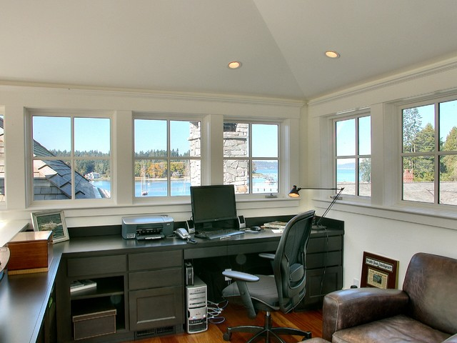 ferguson traditional-home-office