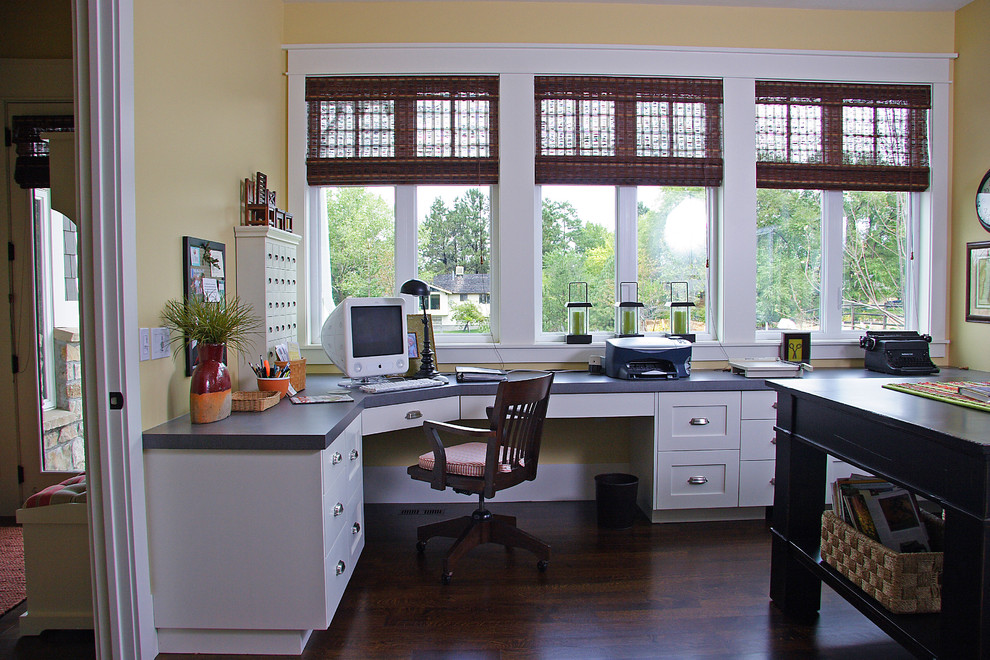 Example of a home office design in Salt Lake City