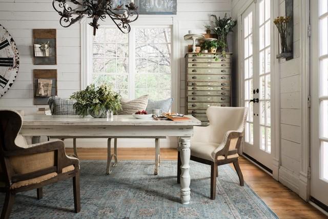 fixer upper photos. Black Bedroom Furniture Sets. Home Design Ideas
