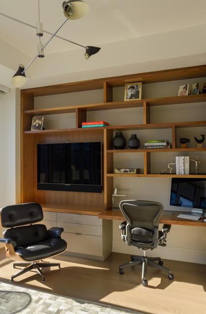 Condominium Study Room: Florian Condominium Interiors