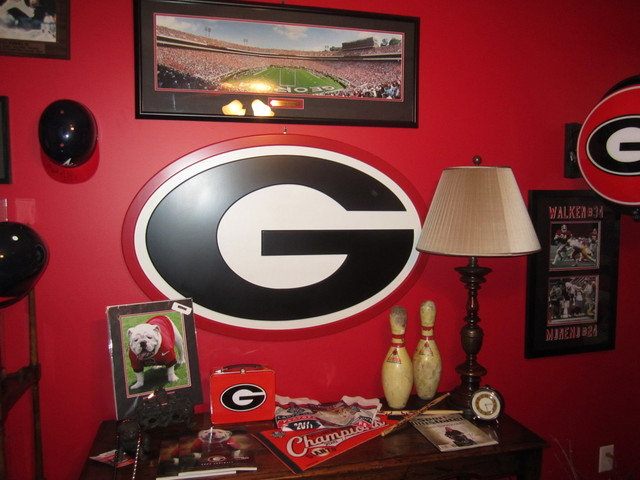 Merveilleux Georgia Bulldog Fanu0027s Office...AKA Man Cave! Traditional Home