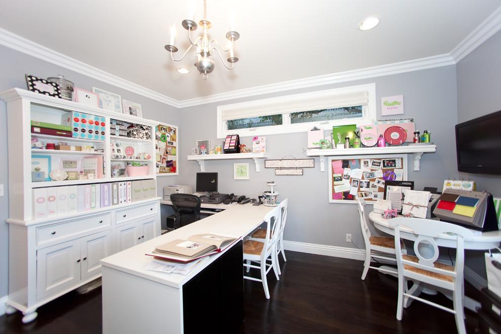 Craft room - contemporary craft room idea in Los Angeles