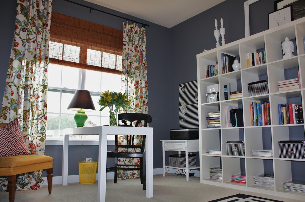 Home office - contemporary home office idea in Charlotte
