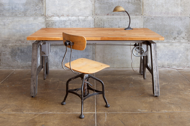 Home Office   Mid Sized Industrial Freestanding Desk Concrete Floor Home  Office Idea In Los