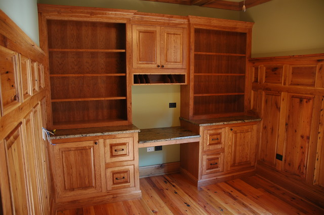 Hickory Cabinets - Traditional - Home Office - chicago - by Custom Corners LLC
