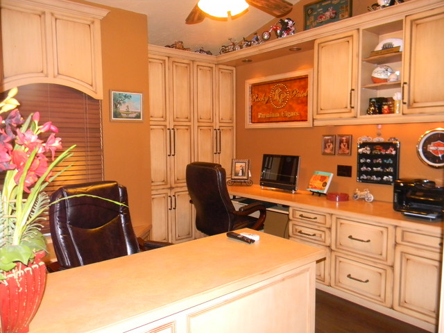 His And Her Home Office Resort Home Office Library Tampa