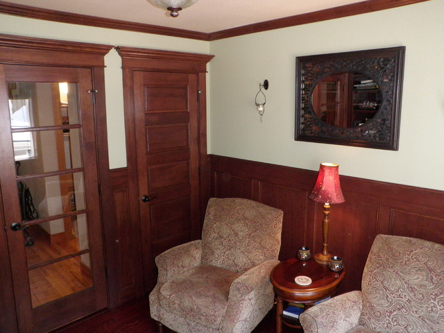 Holbrook traditional-home-office