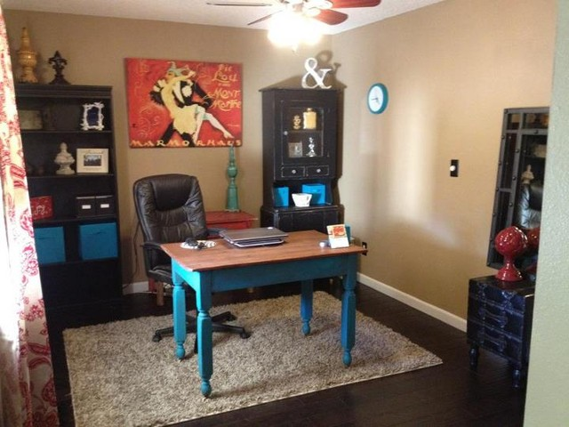 Home office/den pop of color traditional-home-office