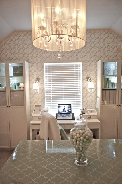 Home office traditional home office dallas by jds for Office design houzz
