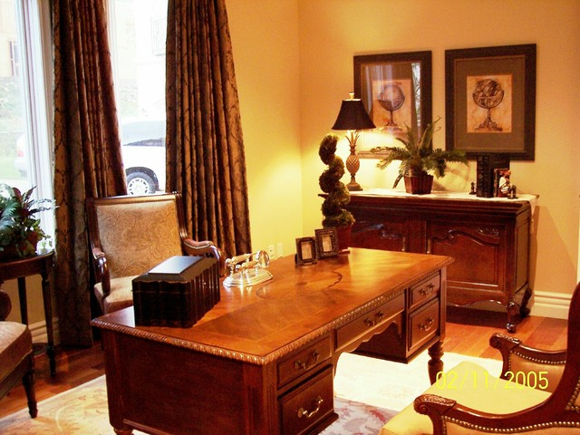 Home Staging LA traditional-home-office