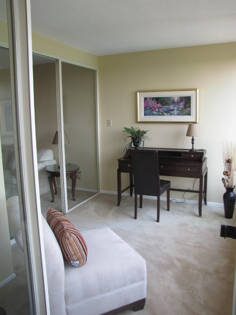 home staging pictures traditional home office toronto by altona design. Black Bedroom Furniture Sets. Home Design Ideas