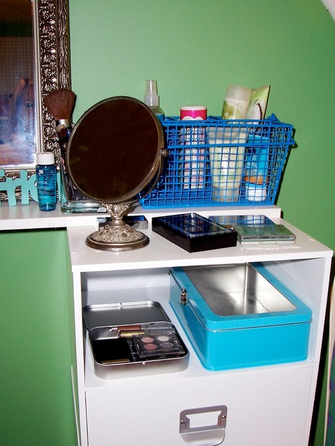 Homemade Makeup Vanity modern home office