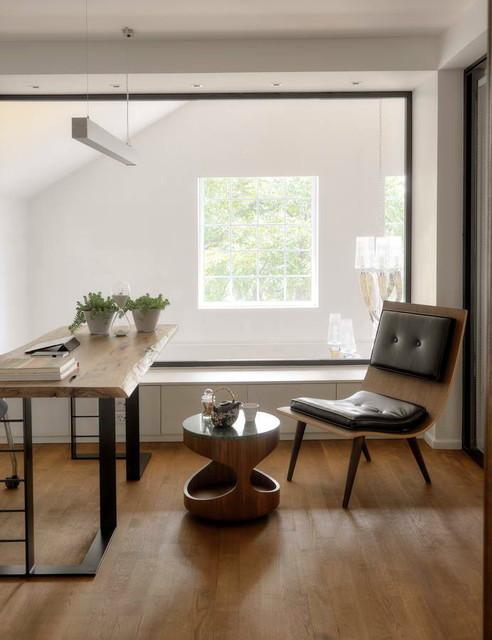 HOUSE E contemporary-home-office