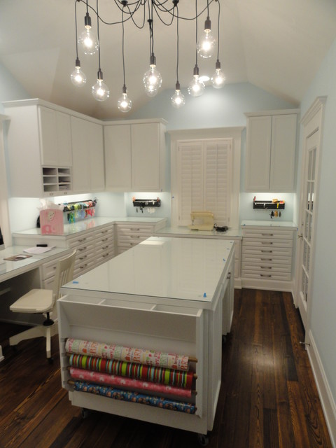 Houston Memorial Traditional Home contemporary-home-office