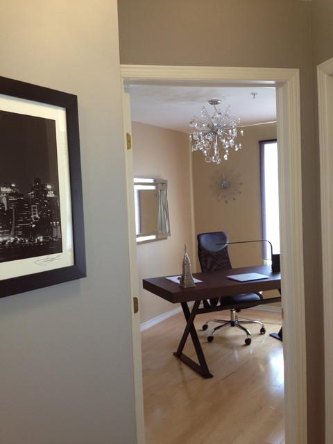 ILE DE BELLEVUE CONDO contemporary-home-office