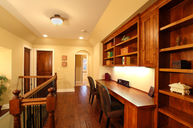 Inglewood ave edina mn traditional home office for Home office furniture edina mn